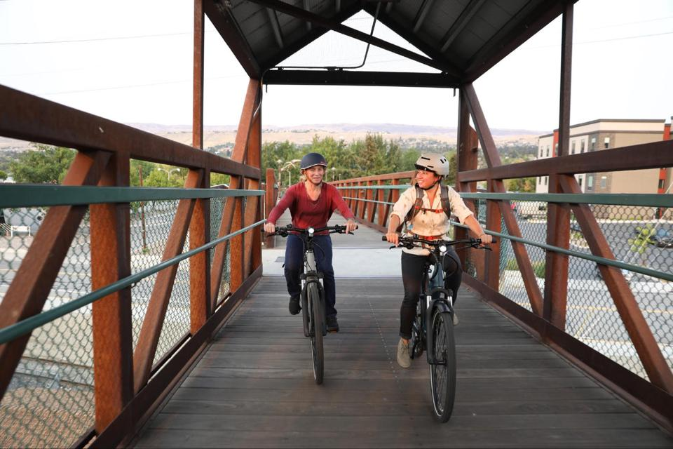 Co-op Cycles e-bike